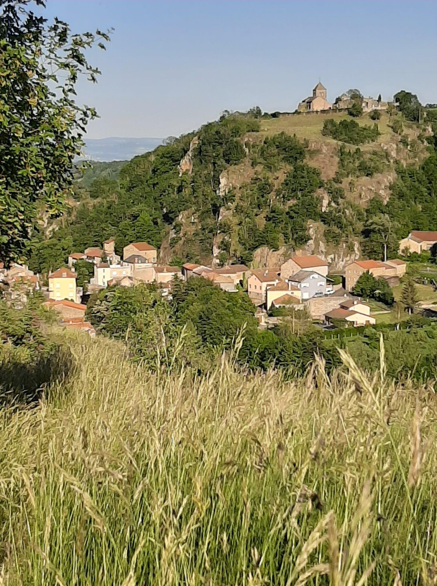 Dans les chemins sur les hauts de Saint-Floret